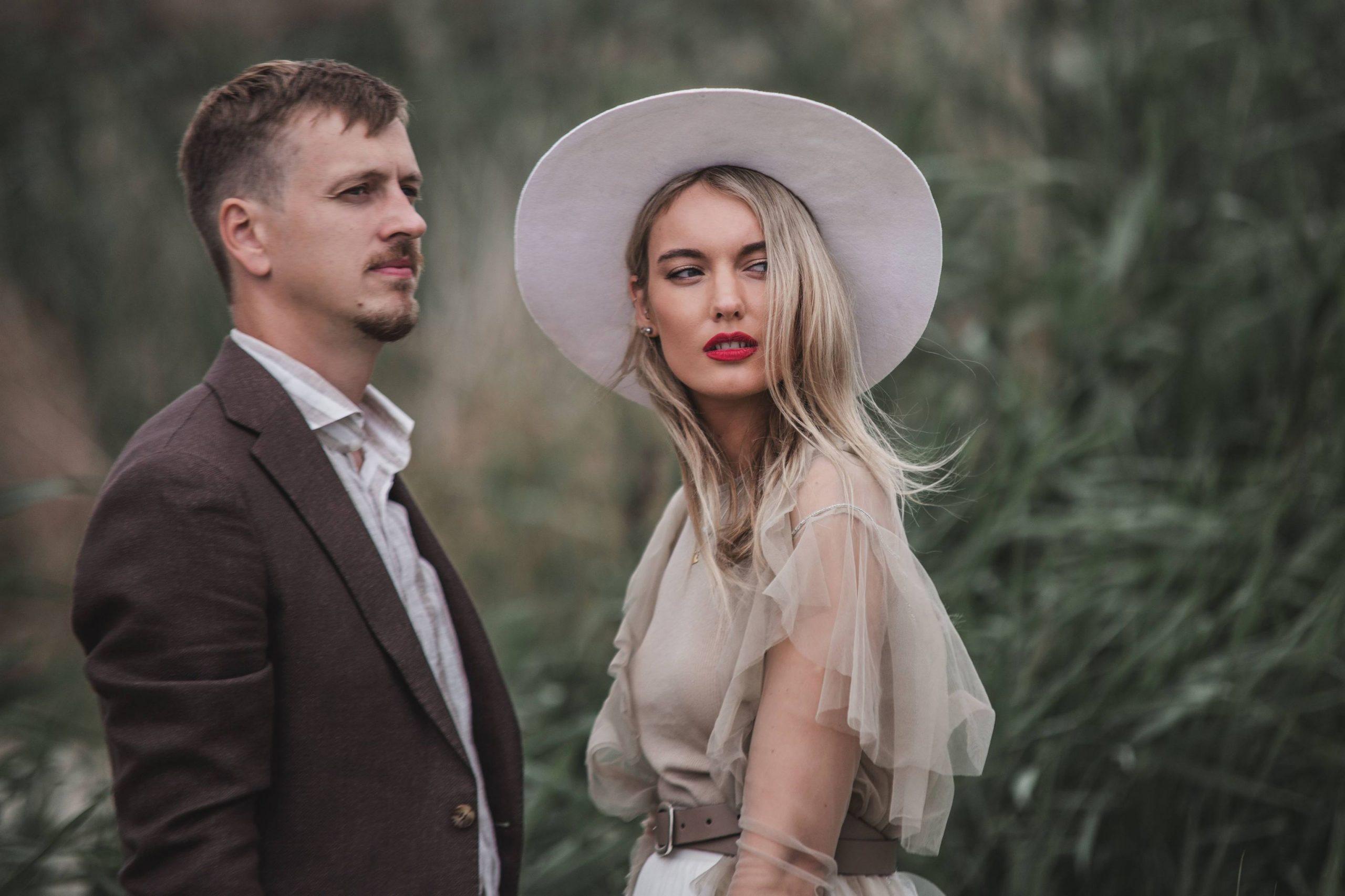 Bohemiškos vestuvės gamtoje