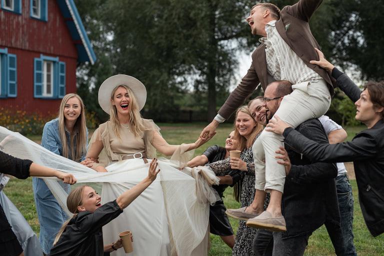 Fotomedžioklė vestuvėse. Pramogos vestuvėse.